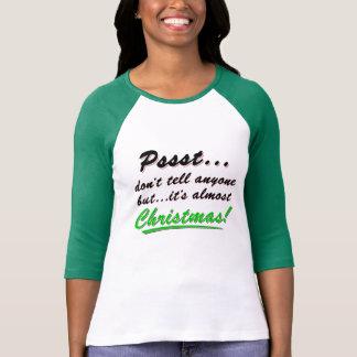 Camiseta Pssst… quase NATAL (preto)