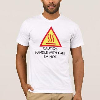 Camiseta PUNHO do CUIDADO COM CUIDADO eu estou QUENTE