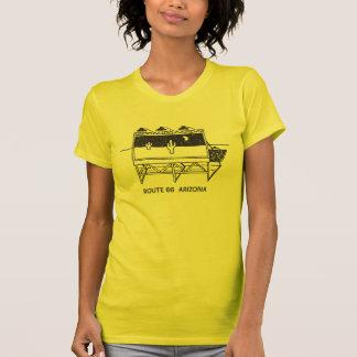 Camiseta Quadro de avisos do cacto na rota 66 na arizona