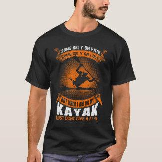 Camiseta Quando I em meu caiaque mim não der um t-shirt de