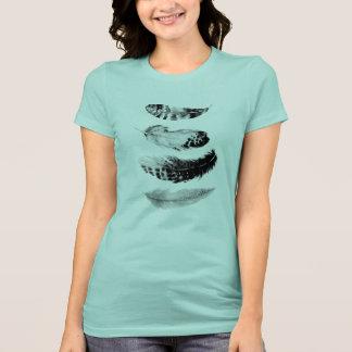 Camiseta Quatro penas no t-shirt do azul da espuma do mar