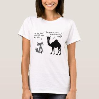 Camiseta Que faz a raposa diz sobre o dia de corcunda?