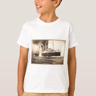 Camiseta R.M.S. Lusitania batido por torpedos fora da