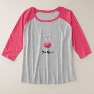 Camiseta Raglan Plus Size Setas azuis & cor-de-rosa de um coração - para o