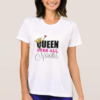 Camiseta Rainha sobre todo o Noobs