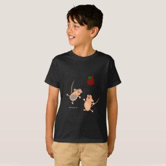 Camiseta Ratos gêmeos que travam uma morango