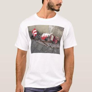 Camiseta Réplicas de capacetes medievais, bestas,