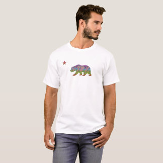 Camiseta República colorida do urso