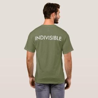 Camiseta Resista e T indivisível