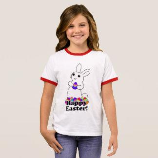 Camiseta Ringer Coelho branco com ovos da páscoa coloridos