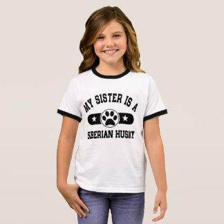 Camiseta Ringer Minha irmã é um rouco Siberian