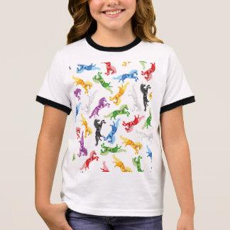 Camiseta Ringer Unicórnio colorido do teste padrão