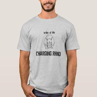 Camiseta rinoceronte de carregamento