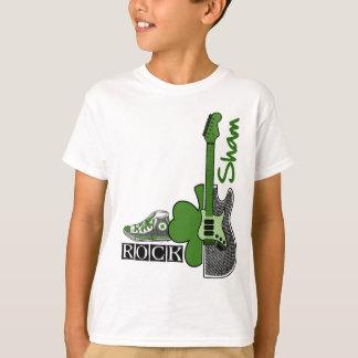 Camiseta Rocha engodo. T-shirt do dia de St Patrick