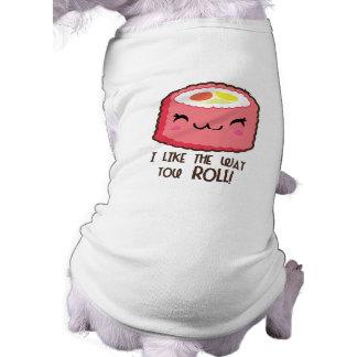 Camiseta Rolo de Emoji do sushi