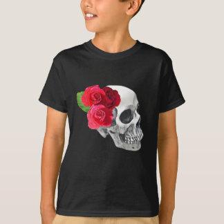 Camiseta Rosas e crânio