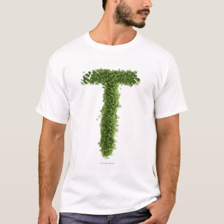 "Camiseta Rotule ""T"" no agrião no fundo branco,"