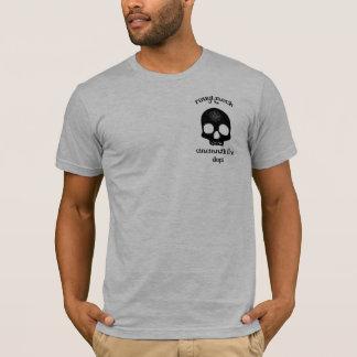 Camiseta Roughneck com o IAFF invertido