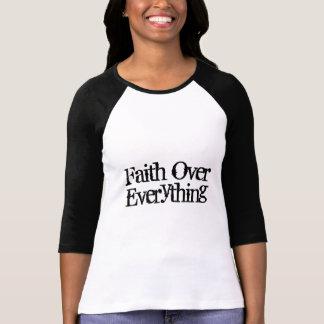 Camiseta Roupa cristão dos GANHOS