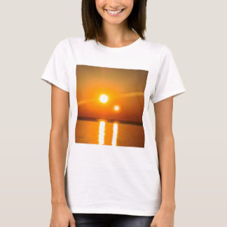 Camiseta Roupa de NIBIRU Desgner