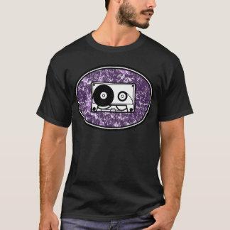 Camiseta Roxo retro da cassete de banda magnética