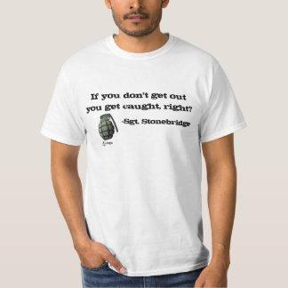 Camiseta Saia ou obtenha travado!