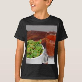 Camiseta Salada de agrião do molho do tomate da cenoura do