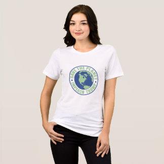 Camiseta Salvar o planeta acusam o trunfo