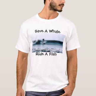 Camiseta Salvar uma baleia, monte um peixe