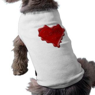 Camiseta Sara. Selo vermelho da cera do coração com Sara