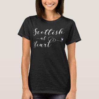 Camiseta Scottish no t-shirt do coração