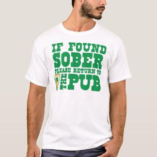 Camiseta Se por favor retorno SÓBRIO encontrado ao BAR