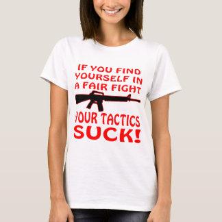 Camiseta Se se encontre em uma luta justa suas táticas para