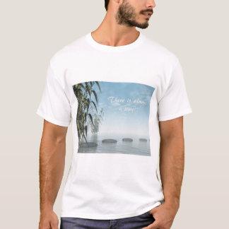 Camiseta Seixos verdes da natureza - 3D rendem