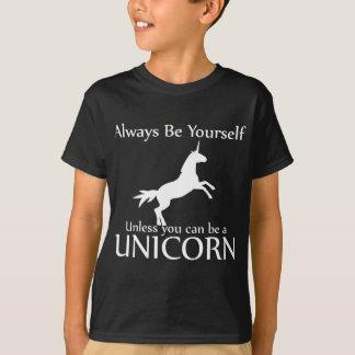 Camiseta Seja você mesmo unicórnio