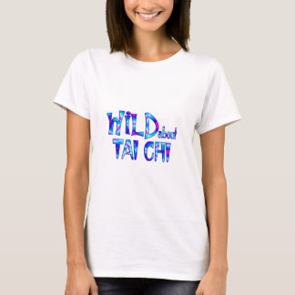 Camiseta Selvagem sobre o qui da TAI