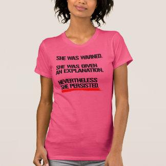 Camiseta Senador Warren - não obstante persistiu -- .pn
