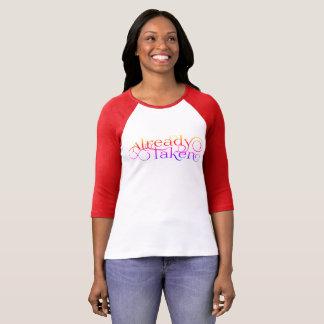 "Camiseta Senhora ""já tomada"" romântica"