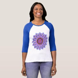 Camiseta Senhoras azuis e t-shirt branco da luva da mandala