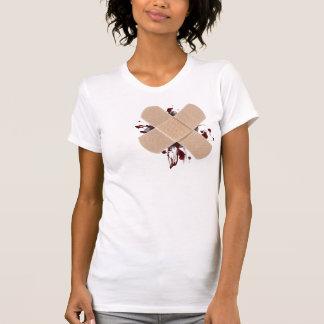 Camiseta senhoras faltantes do t-shirt do coração