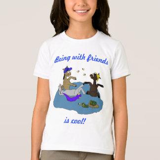 Camiseta Ser com amigos é amigos legal de Sonoran