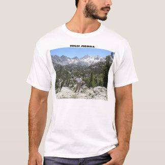 Camiseta Serra alta e Solardog