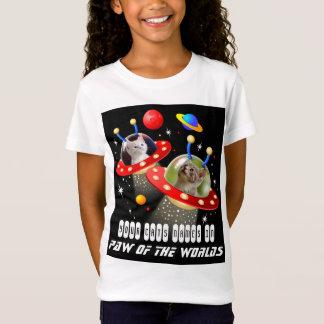 Camiseta Seus gatos em um filme estrangeiro do UFO Sci Fi