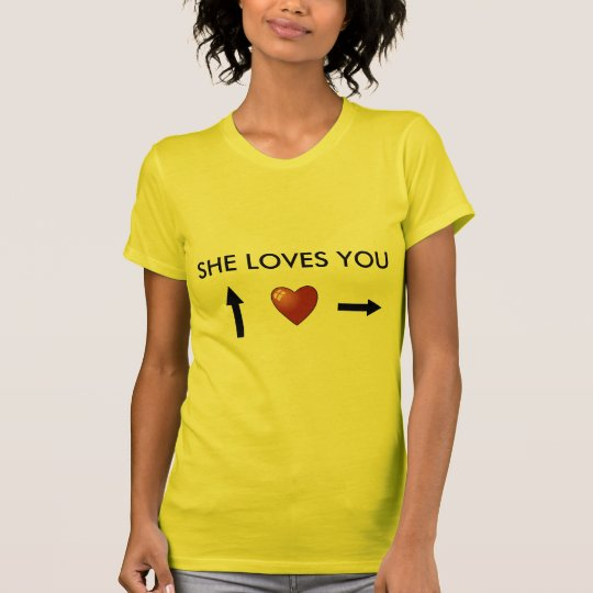 Camiseta She loves you