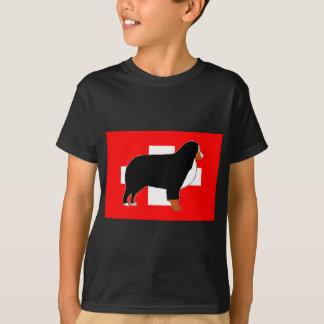 Camiseta silhueta do cão de montanha bernese na oxidação da