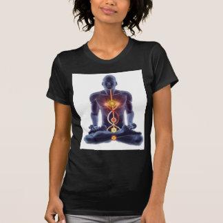 Camiseta Silhueta do homem na pose iluminada da meditação