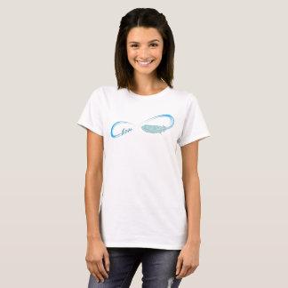 Camiseta Símbolo da infinidade com amor e pena
