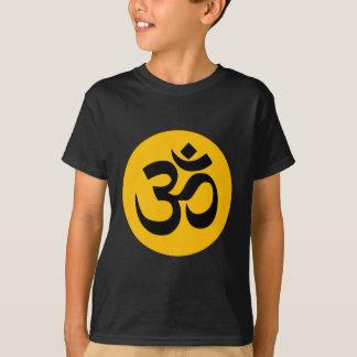 Camiseta Símbolo do OM, círculo preto com ouro