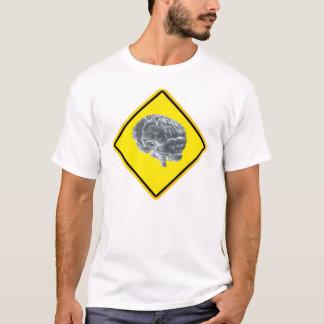 Camiseta sinal de aviso do cérebro