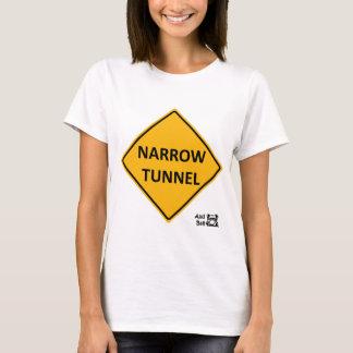 Camiseta Sinal de estrada estreito do túnel
